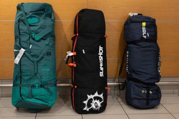 Drei Boardbags auf Reisen
