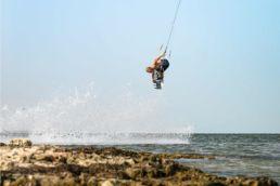 Linus Erdmann kitet auf Djerba