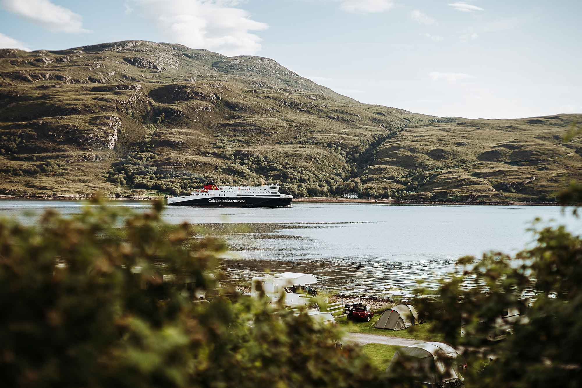 Fähre zu den Äußeren Hebriden in Schottland