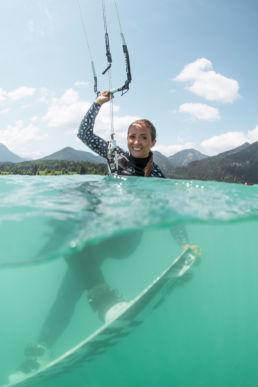 Alina Kornelli kitet auf dem Walchensee
