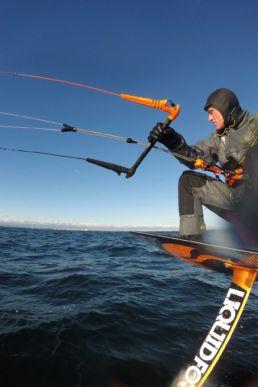 Jan Schiegnitz beim Kiten