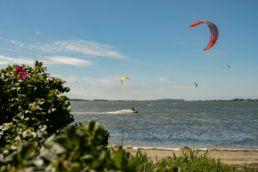 Blick auf einen Kitespot in Wien auf Rügen